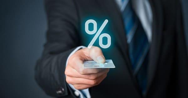 Кредитная карта: 8 советов как экономить расходы